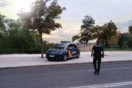 Muere un joven apuñalado en su coche y su novia resulta herida en Cabra