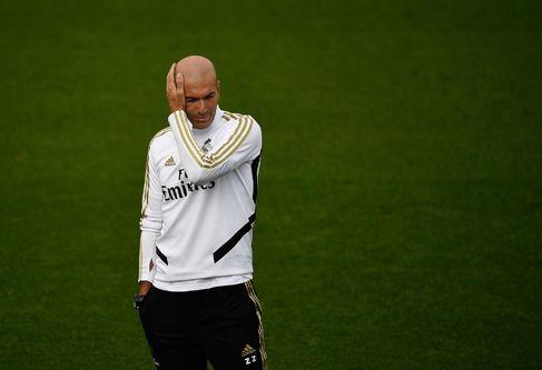 Zidane, en el entrenamiento previo al partido contra el Sevilla.