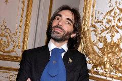 Cédric Villani, el dandy de la política francesa con una araña en la solapa