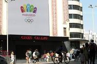 Cartel de la candidatura Madrid 2020 en la plaza de Callao.