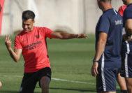 <HIT>Reguilon</HIT> durante el entrenamiento con el Sevilla en la ciudad deportiva. 17/8/2019. foto: Ramon Navarro / Marca