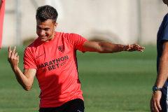 Reguilón: del pique con Sergio Ramos a ser el puñal de Lopetegui en el Sevilla