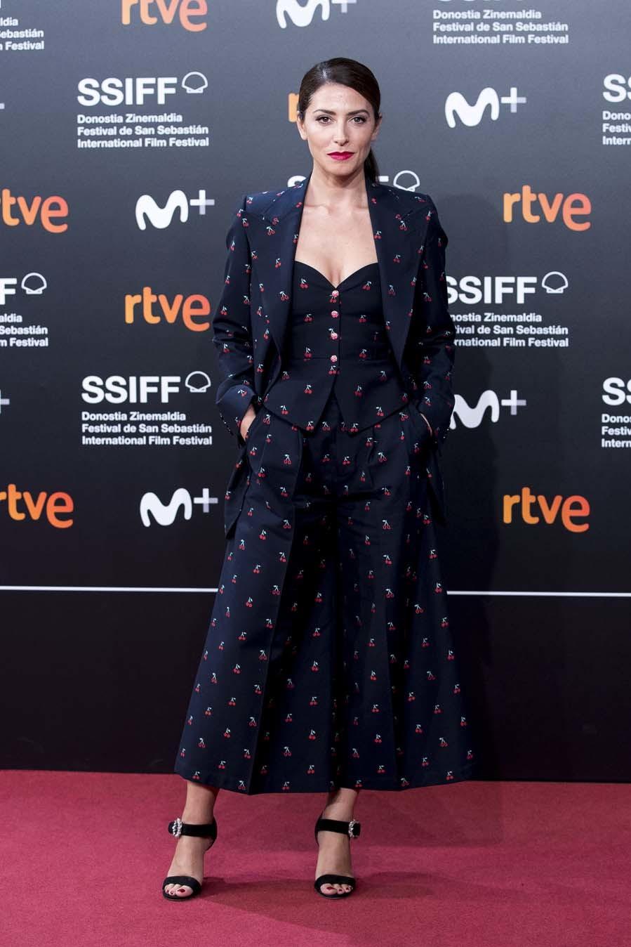 Bárbara Lennie - Alfombra roja de 'Mientras dure la guerra' en el Festival de Cine de San Sebastián