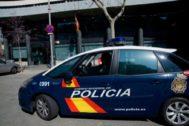 Detenido un hombre por encerrar a su pareja cerca de diez horas y atrincherarse con un cuchillo en Valencia