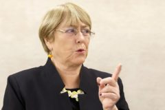 Geneva (Switzerland).- UN High Commissioner for Human Rights Chilean Michelle <HIT>Bachelet</HIT> speaks with members of her staff prior to the opening of the 42nd session of the Human Rights Council, at the European headquarters of the United Nations (UNOG) in Geneva, Switzerland, 09 September 2019. (Suiza, Ginebra) EPA/