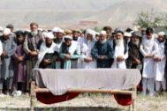 Funeral por las víctimas de un atentado en el que murieron 30 personas, el día 19.