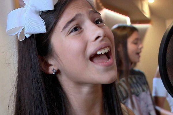 Melani García canta Marte, su canción en Eurovisión Junior 2019