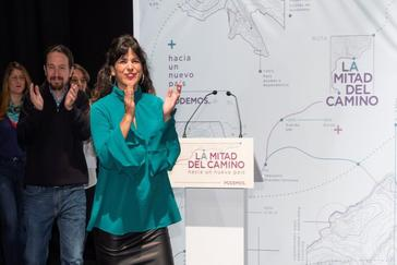 Teresa Rodríguez, junto a Pablo Iglesias en una imagen de archivo.