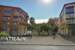 Una de las calles de acceso al centro histórico de Patraix que se peatonalizará.