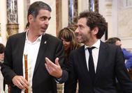 El alcalde Eneko Goia con el portavoz del PP vasco Borja Sémper en el Ayuntamiento de San Sebastián.