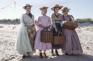 La cinta, cuyo vestuario firma <strong>Jacqueline Durran</strong> (Anna Karenina), se estrena en España el día de Navidad y promete ser el largometraje del año.