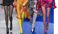 De izquierda a derecha: Yves Saint Laurent, Versace, Missoni y Richard Quinn.
