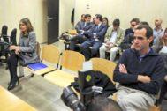 Cristóbal Cantos y Laura Gómiz, durante un juicio.