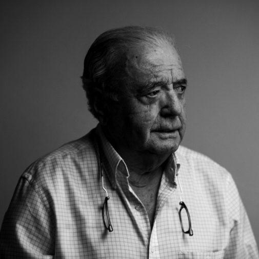 Joaquín Bardavío (1940) ha frecuentado con el mismo rigor el ensayo...