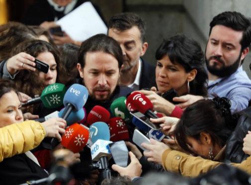 Pablo Iglesias y Teresa Rodríguez hacen declaraciones a los medios en...