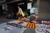 Protesta frente a la Audiencia Nacional de simpatizantes independentistas reclamando la libertad de los detenidos.