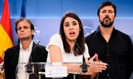 Irene Montero, con su equipo de Podemos.