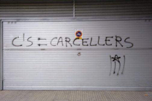 Pintada en el garaje del concejal de Cs de La Garriga, Ángel...