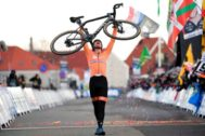 2019 UCI Cyclo-cross World Championships - Men's Elite race in Bogense, Denmark - February 3, 2019 - Mathieu <HIT>van</HIT> <HIT>der</HIT> <HIT>Poel</HIT> of the Netherlands celebrates after winning the Men's Elite race. Ritzau Scanpix/Claus Fisker via REUTERS ATTENTION EDITORS - THIS IMAGE WAS PROVIDED BY A THIRD PARTY. DENMARK OUT. NO COMMERCIAL OR EDITORIAL SALES IN DENMARK. - RC18F1C1A030
