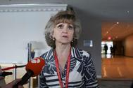 La ministra de sanidad de España, María Luisa Carcedo Roces, habla con la prensa este domingo en la sede de las Naciones Unidas en Nueva York .
