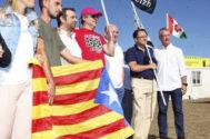 El lehendakari, Íñigo Urkullu (dcha.), y y el presidente del PNV, Andoni Ortuzar (tercero por la dcha.), este domingo en el 'Alderdi Eguna'.