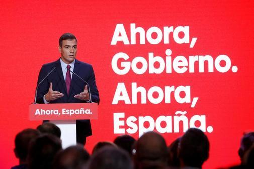 El líder del PSOE, Pedro Sánchez, durante la presentación de la...
