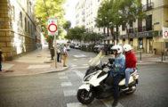 Una moto en Madrid Central.