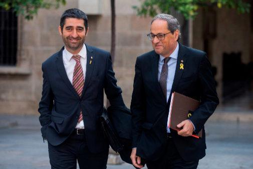 Quim Torra, presidente de la Generalitat , junto al 'conseller' de...