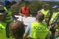 Un grupo de geólogos durante una actividad organizada por el Icoga.