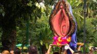 Imagen difundida en redes de la procesión del 'coño insumiso'.