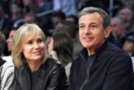 Robert Iger con su segunda esposa, Willoy Bay, en Los Angeles