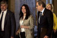 La esposa de Carles Puigdemont, Marcela Topor, en el Parlamento de Cataluña hace unos meses acompañada de Quim Torra