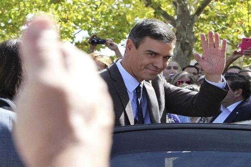 El presidente del Gobierno en funciones, Pedro Sánchez, este jueves...