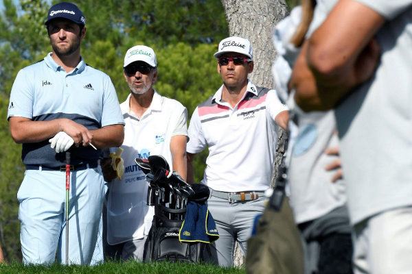 GRAF4621. MADRID.- Los golfistas españoles Jon Rahm (i) y Rafael...