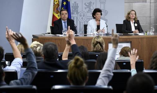 Los ministros en funciones Luis Planas, Isabel Celaá y Nadia...