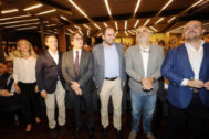 El presidente de Societat Civil, junto a Valls, Carrizosa, Álvarez de Toledo y David Pérez.