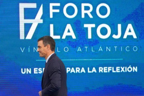 El presidente del Gobierno en funciones, Pedro Sánchez, en un foro...