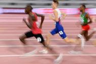 Cheruiyot durante la semifinal de 1.500 metros.