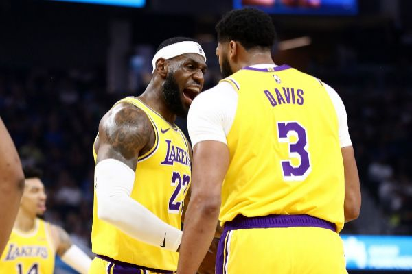 Lebron James And Anthony Davis Already Smile Together