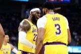 LeBron James y Anthony Davis ya sonríen juntos: victoria ante los Warriors