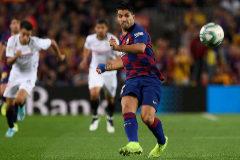 El Barcelona atropella al Sevilla y acaba con nueve