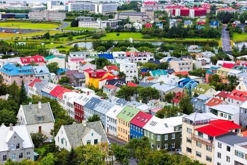 Vista de Reikiavik, donde viven 218.000 de los 340.000 islandeses.