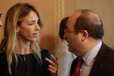 Encontronazo de Álvarez de Toledo con  Iceta por la moción de censura contra Torra
