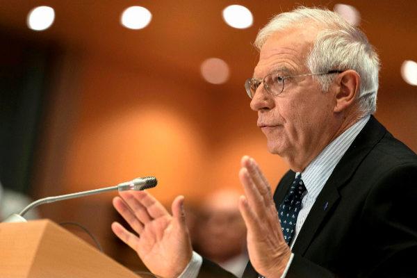 Josep Borrell rechaza ante el Parlamento Europeo que usara información privilegiada en la venta de unas acciones de Abengoa