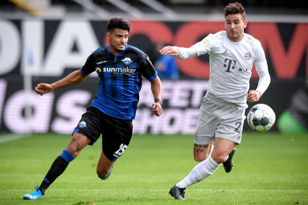 Paderborn (Germany).- Paderborn's Mohamed Draeger (L) in action...
