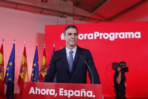 El presidente del Gobierno en funciones, Pedro Sánchez, este lunes en...