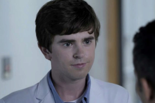 Freddie Highmore protagoniza The Good Doctor