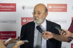 José Félix Tezanos, presidente del CIS, en los cursos de verano en El Escorial.