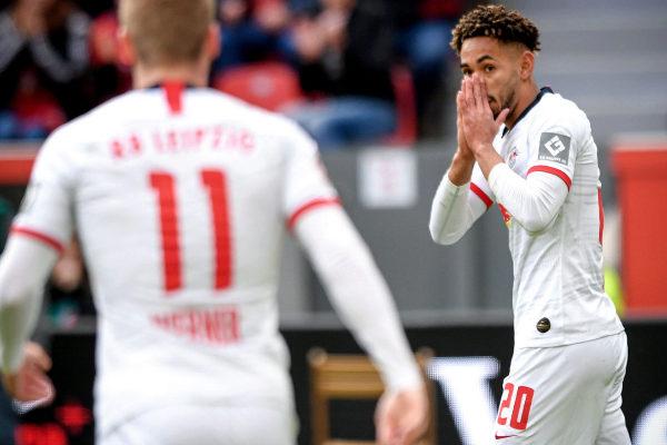Leverkusen (Germany).- <HIT>Leipzig</HIT>&apos;s Matheus Cunha (R) reacts...