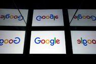 Paneles con el logo de Google